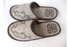Plstěné pantofle šedé s hnědým lemováním