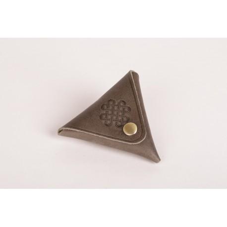 Rozkládací trojúhelníková kožená kapsička na drobné šedá
