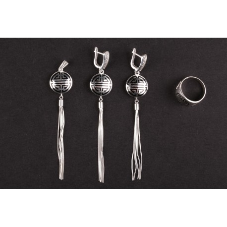 Set šperků s černým vzorem