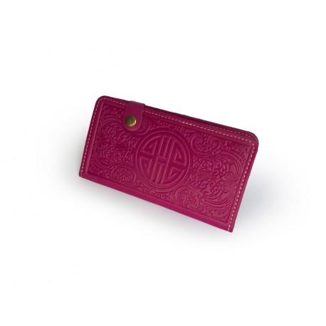 Luxusní kožená peněženka s raženými ornamenty růžová