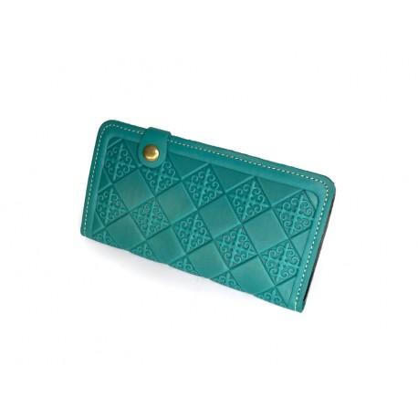 Kvalitní kožená peněženka s raženými ornamenty tyrkysová