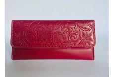 Kvalitní kožená peněženka tmavě malinová s florálními motivy