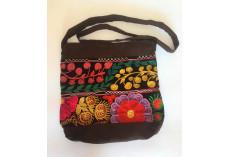 Hnědá taška s kazašskou výšivkou fialový květ