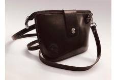 Jednoduchá kožená kabelka tmavě hnědá