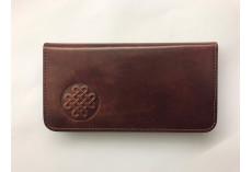 Jednoduchá kožená peněženka s uzlem štěstí