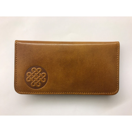 Jednoduchá kožená peněženka s uzlem štěstí světle hnědá